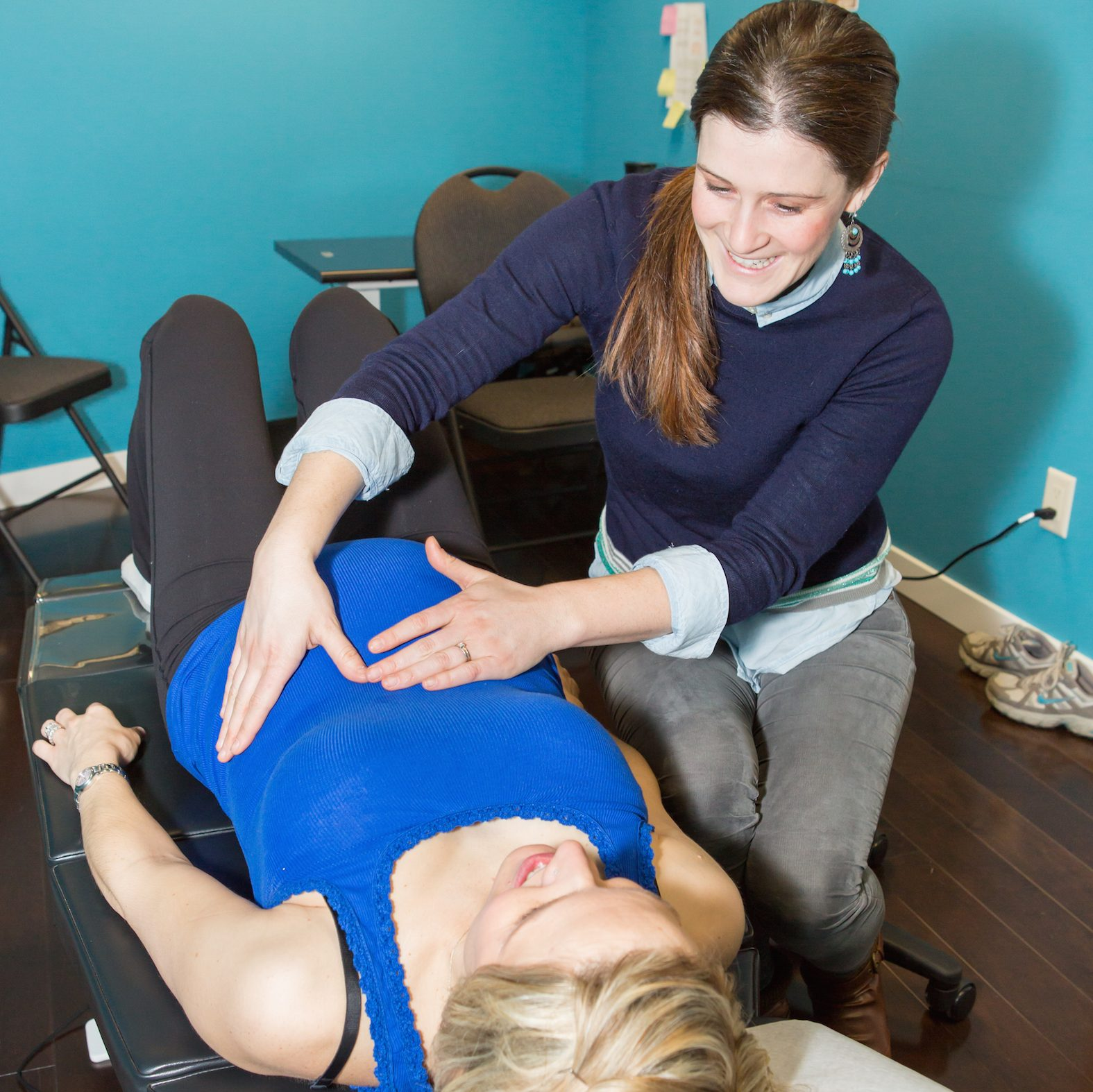 Chiropractor for pregnancy